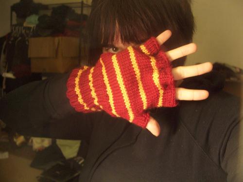 Gryffindor Gloves